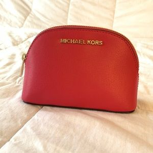 Hot pink Michael kors scarLet cosmetics bag